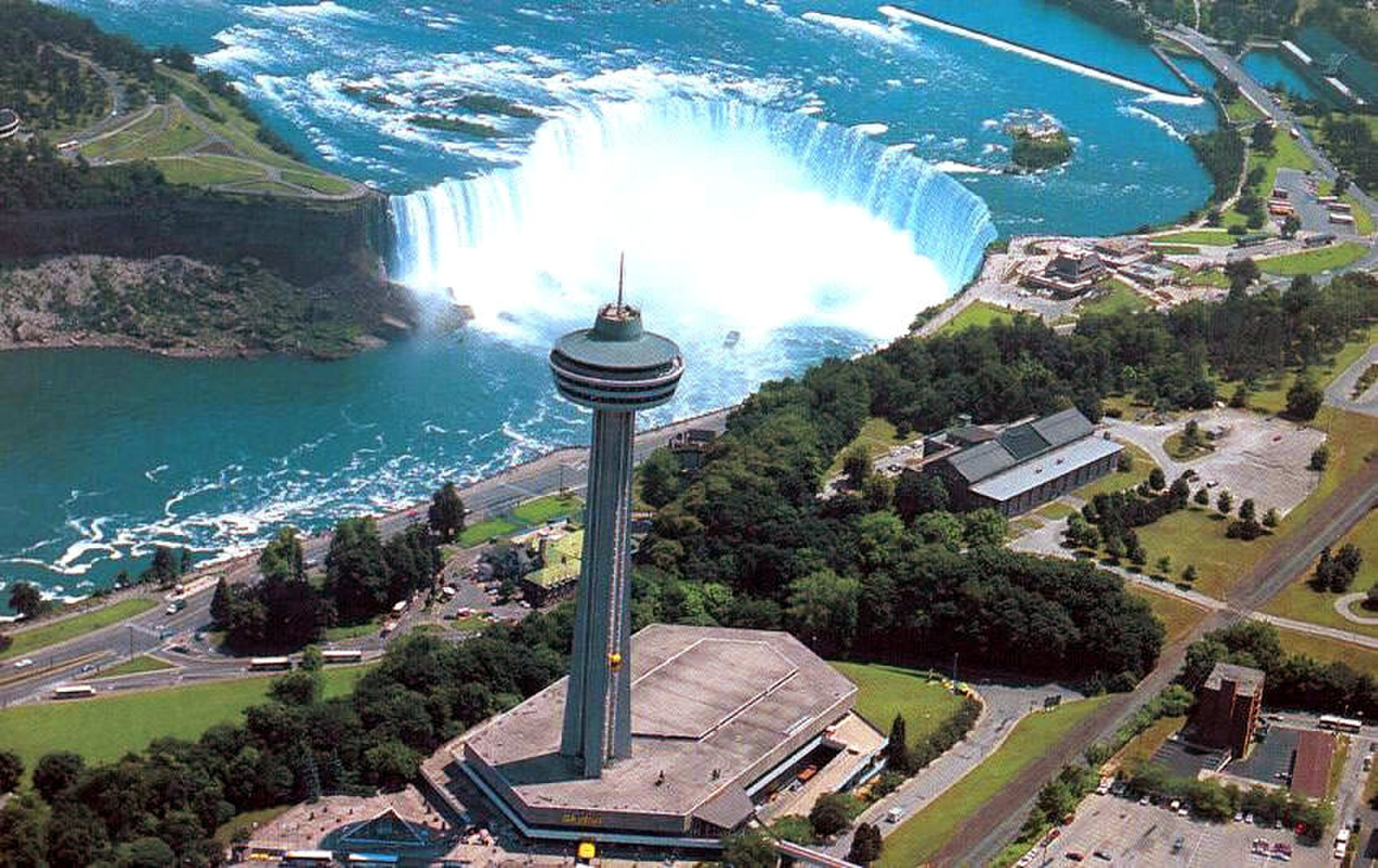 A Great View of Your Niagara Falls Surroundings at the Skylon Tower (Canada)